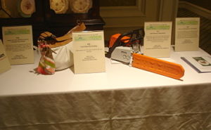 Handheld bidding devices used in silent auction