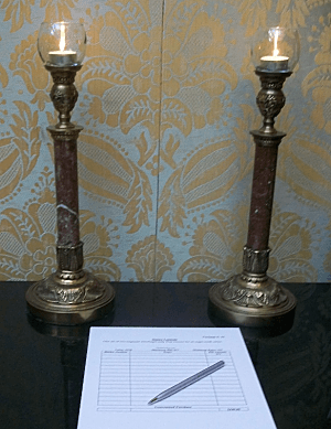 silent auction tips - candlesticks wrong display