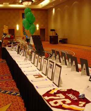 silent auction displays HCH