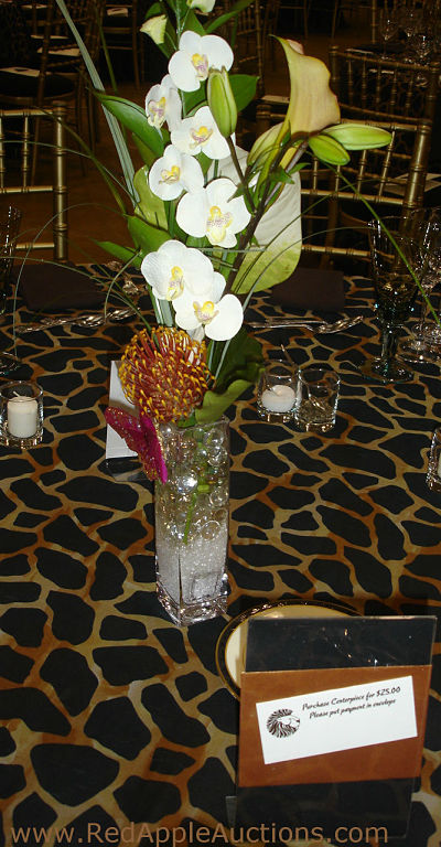 Auction Centerpieces Sell Them Or Give Them Away Sherry Truhlar