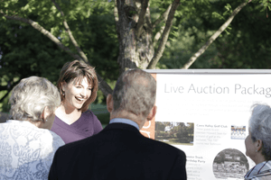 benefit auctioneer Virginia Sherry Truhlar 2012