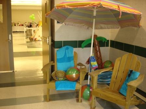 school auction themes beach decor