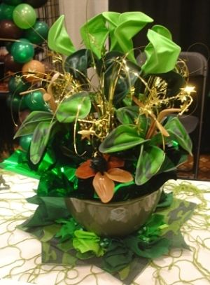 gala centerpieces uninflated balloons