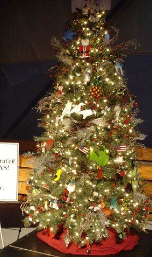 Auction fundraising items holiday trees