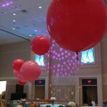 Auction decoration ideas: Elegant (yes, elegant) balloons